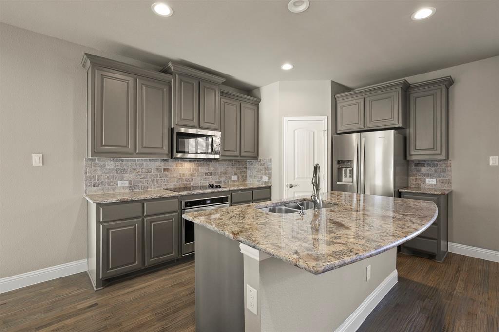 DFW Real Estate | 7310 Venice  Drive #3 Grand Prairie, TX 75054 11