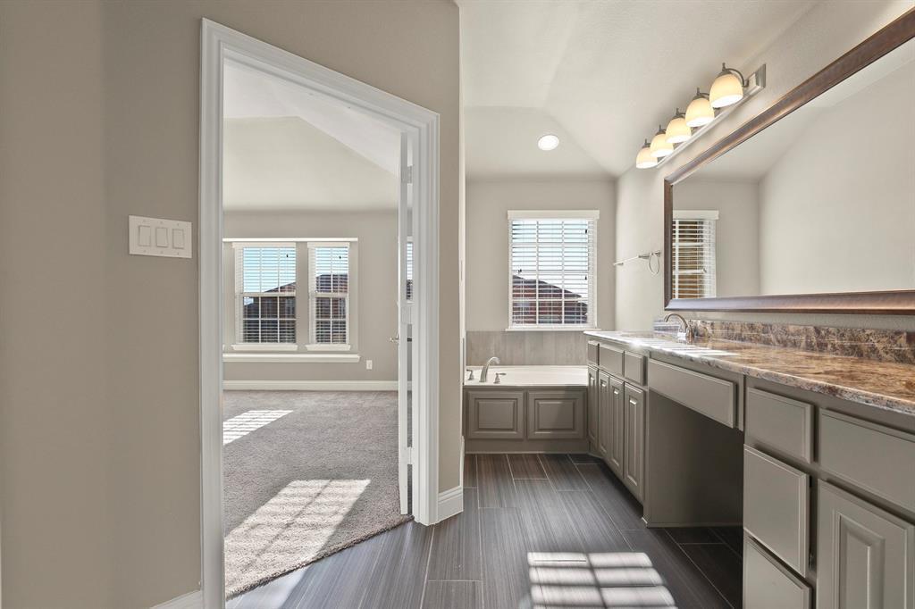 DFW Real Estate | 7310 Venice  Drive #3 Grand Prairie, TX 75054 24