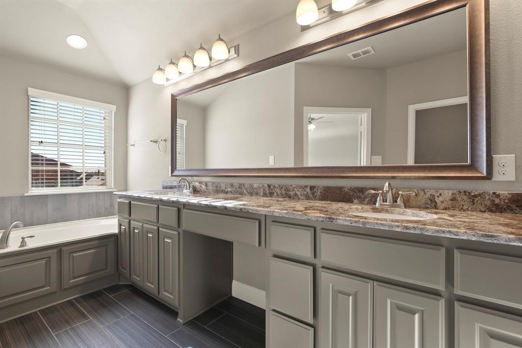 DFW Real Estate | 7310 Venice  Drive #3 Grand Prairie, TX 75054 25