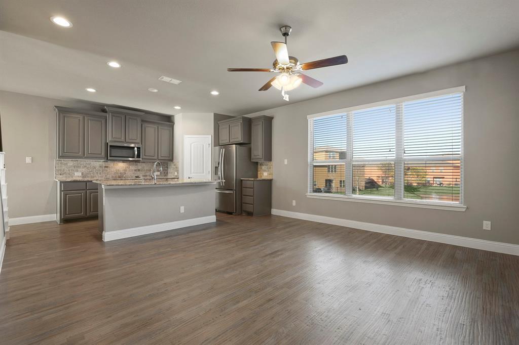 DFW Real Estate | 7310 Venice  Drive #3 Grand Prairie, TX 75054 7