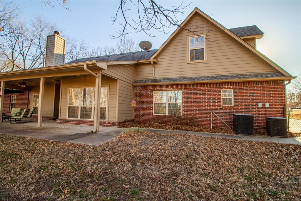 Active | 15 Woodcreek Road Pryor, OK 74361 25