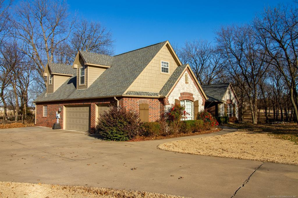 Active | 15 Woodcreek Road Pryor, OK 74361 27