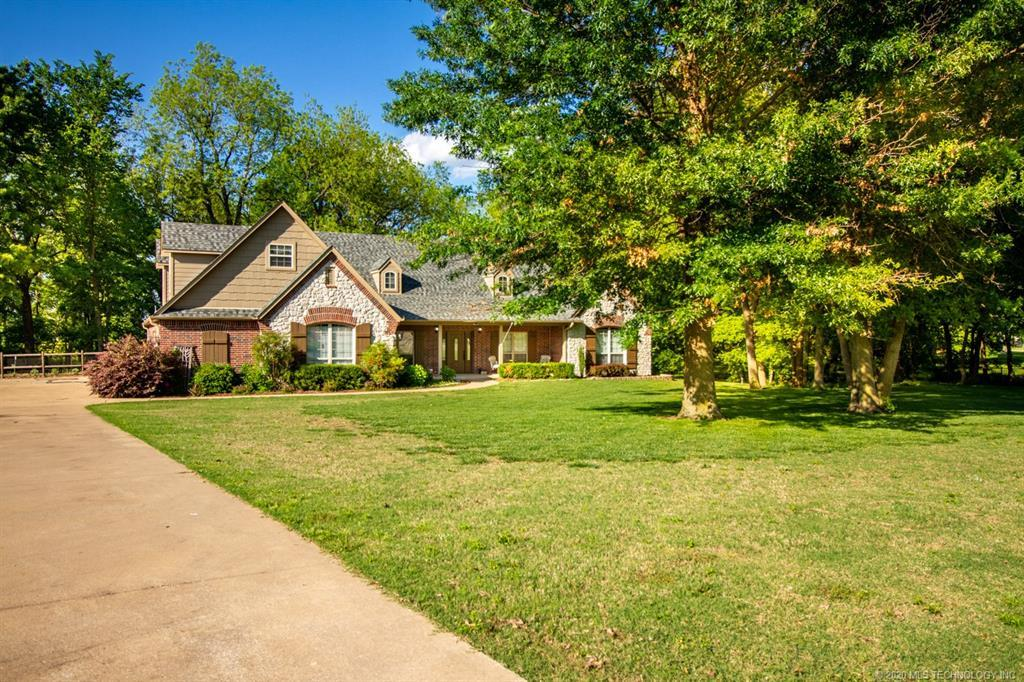 Active | 15 Woodcreek Road Pryor, OK 74361 34