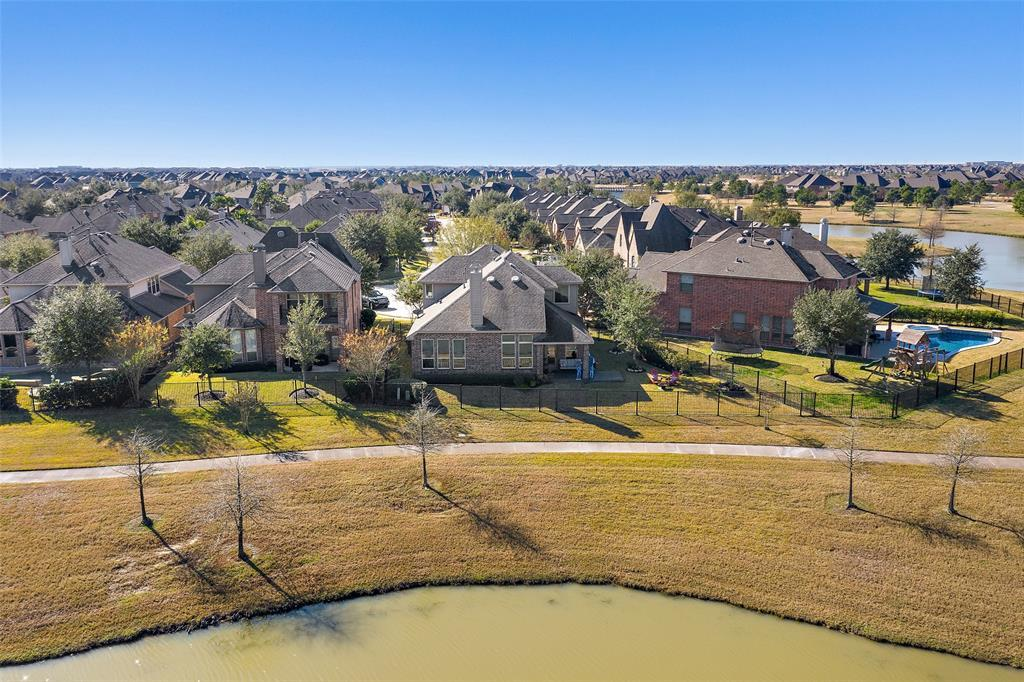 Active | 18422 W Willow Oak Bend Drive Cypress, TX 77433 33