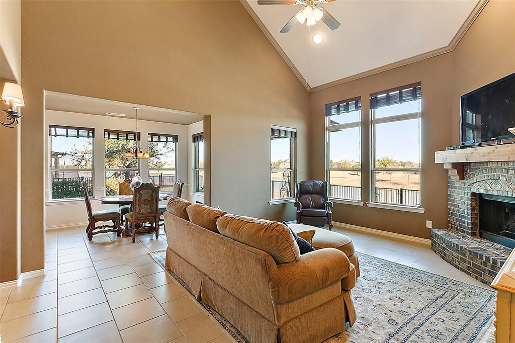 Active | 18422 W Willow Oak Bend Drive Cypress, TX 77433 4