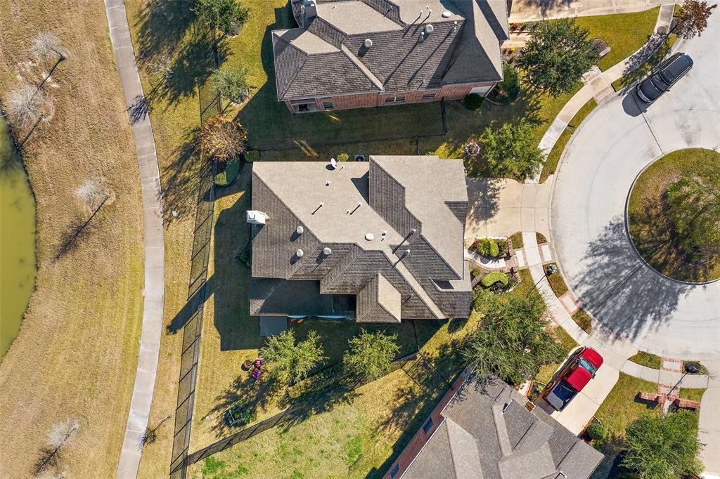 Active | 18422 W Willow Oak Bend Drive Cypress, TX 77433 7