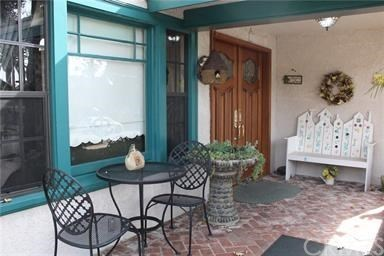 Pending | 416 N San Dimas Avenue San Dimas, CA 91773 1