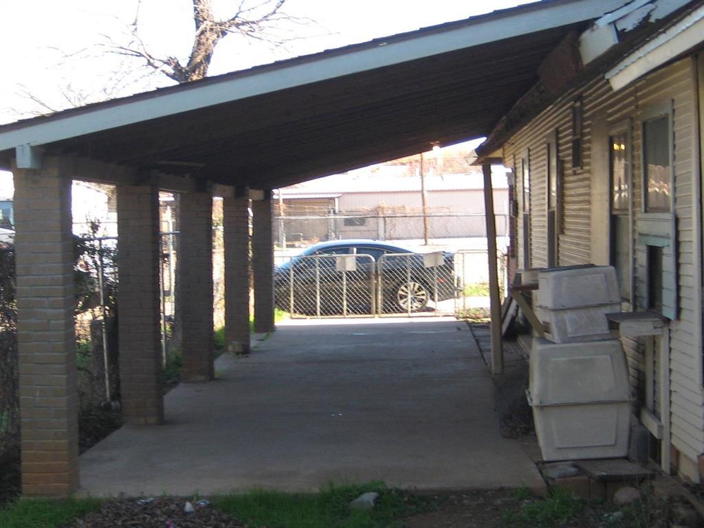 Active | 2319 Topeka  Avenue Dallas, TX 75208 2