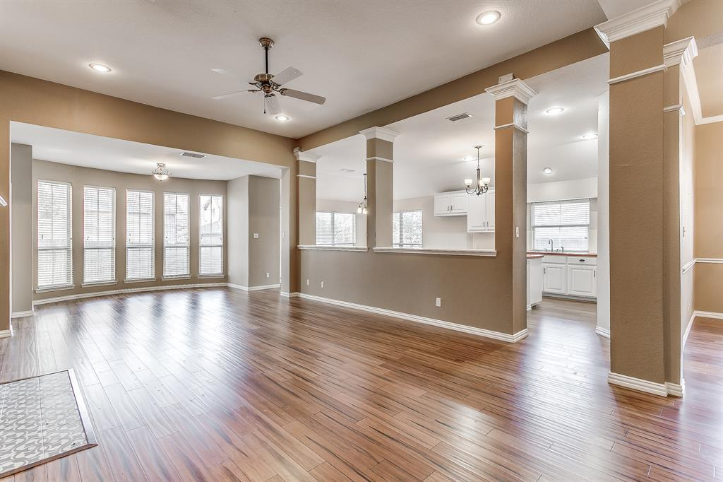 Active | 2966 Masters Court Burleson, TX 76028 10