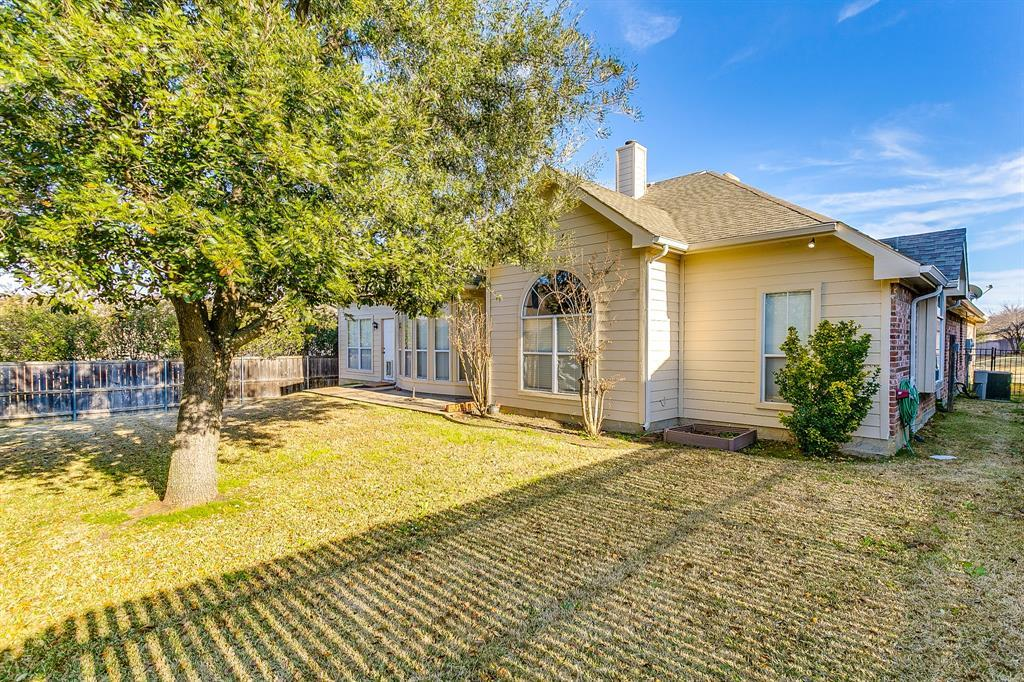 Active | 2966 Masters Court Burleson, TX 76028 35