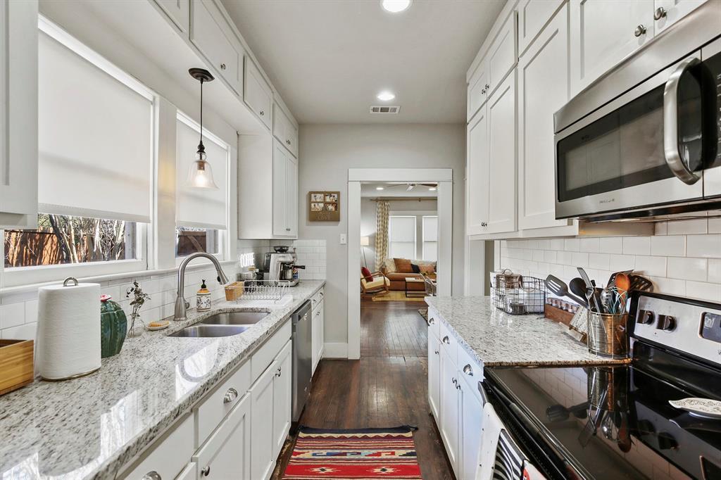Dallas Real Estate | 517 S Rosemont Avenue Dallas, TX 75208 16