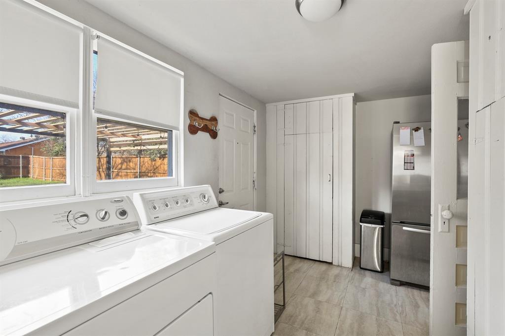 Dallas Real Estate | 517 S Rosemont Avenue Dallas, TX 75208 20