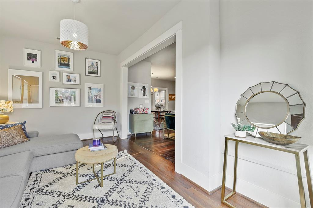Dallas Real Estate | 517 S Rosemont Avenue Dallas, TX 75208 4