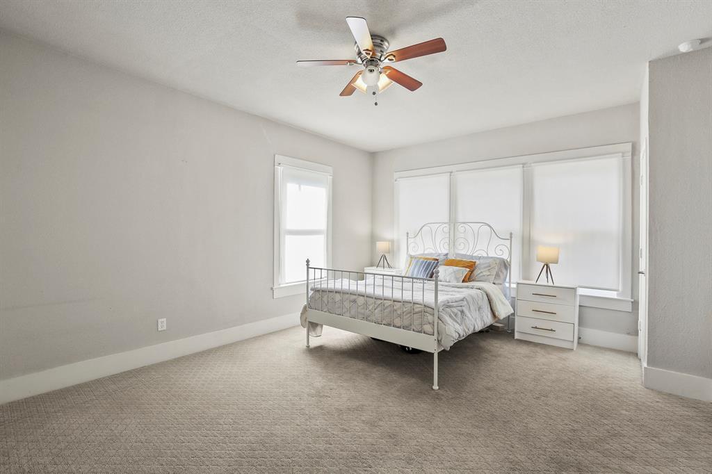 Dallas Real Estate | 517 S Rosemont Avenue Dallas, TX 75208 22