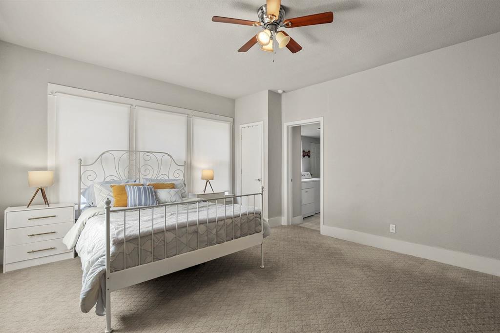 Dallas Real Estate | 517 S Rosemont Avenue Dallas, TX 75208 23