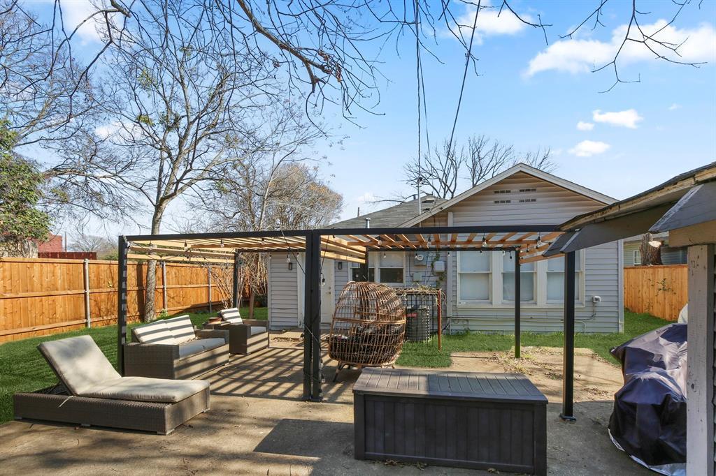 Dallas Real Estate | 517 S Rosemont Avenue Dallas, TX 75208 31