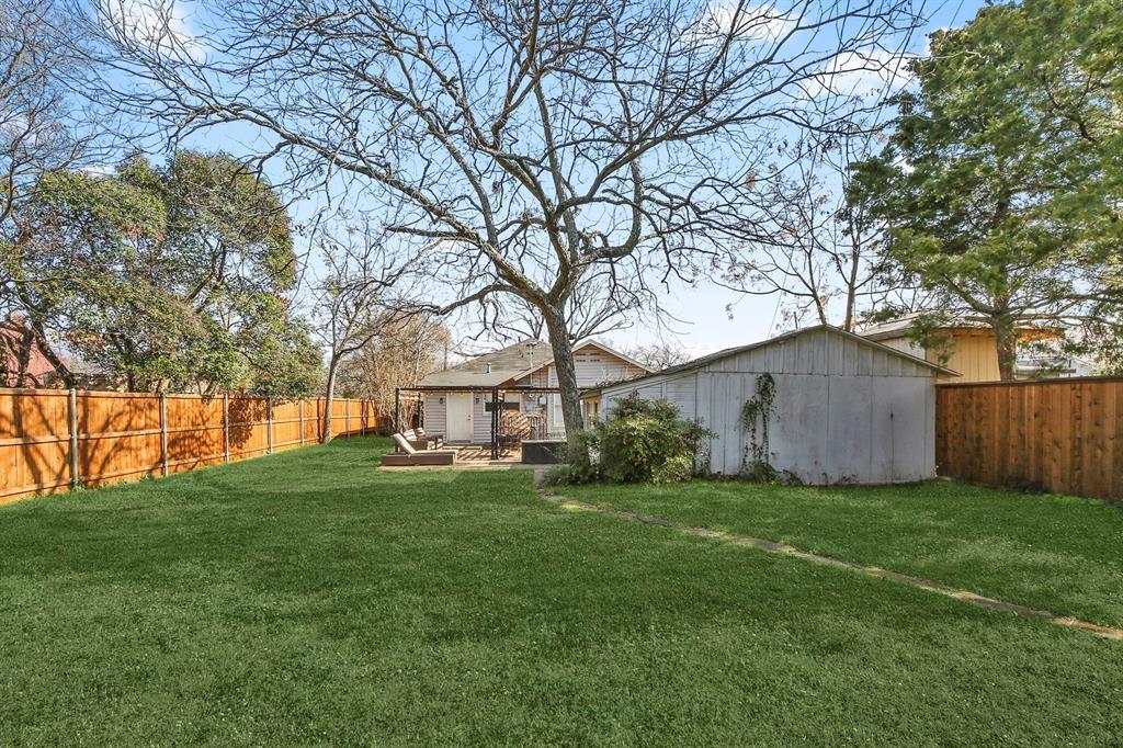 Dallas Real Estate | 517 S Rosemont Avenue Dallas, TX 75208 33