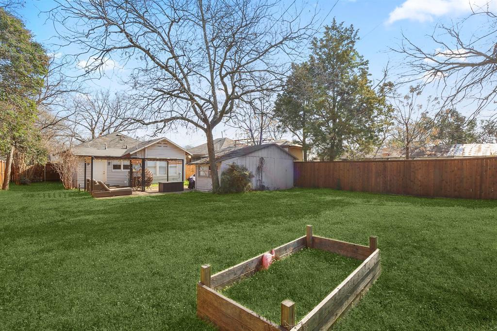 Dallas Real Estate | 517 S Rosemont Avenue Dallas, TX 75208 34