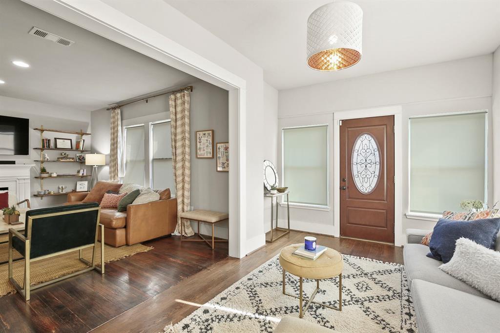 Dallas Real Estate | 517 S Rosemont Avenue Dallas, TX 75208 7