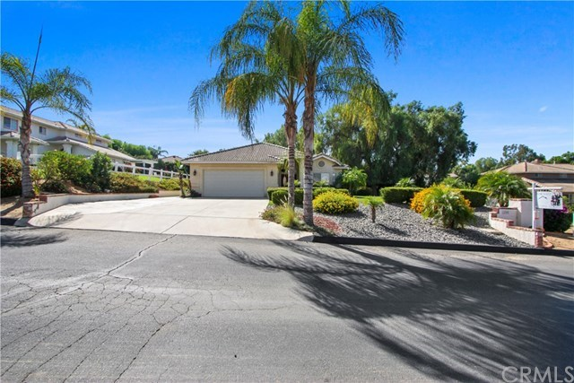 Closed | 14365 Rock  Place Riverside, CA 92503 1