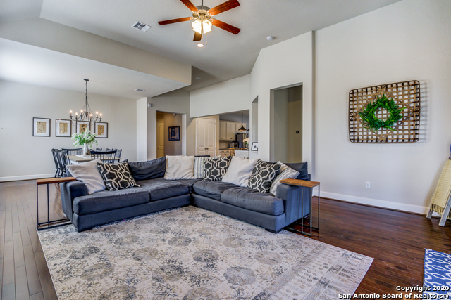 Active | 123 Escalera Circle Boerne, TX 78006 4