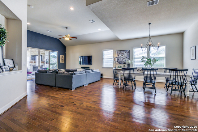 Active | 123 Escalera Circle Boerne, TX 78006 7