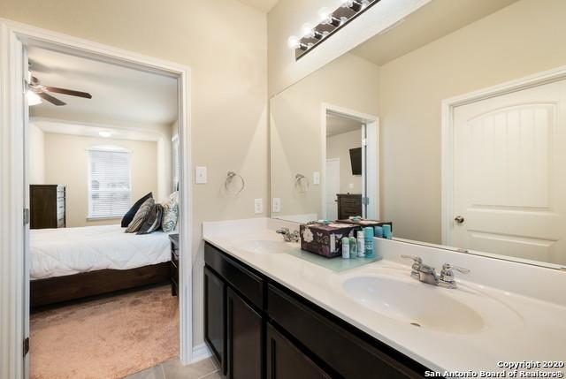 Property for Rent | 8926 WILLINGHAM BAY  San Antonio, TX 78254 11