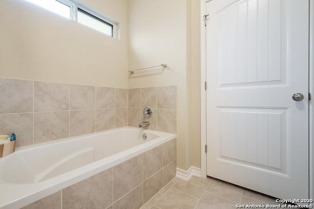 Property for Rent | 8926 WILLINGHAM BAY  San Antonio, TX 78254 14