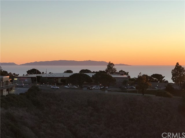 Property for Rent | 6526 Ocean Crest Drive #208 Rancho Palos Verdes, CA 90275 3