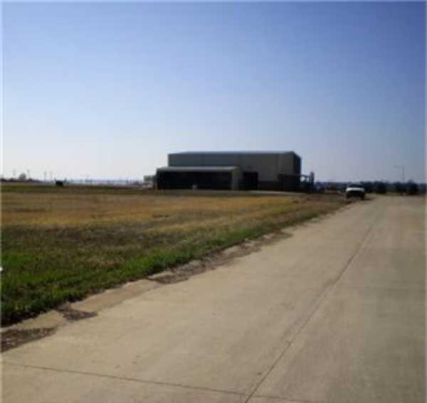 Active   1806 Bob Tedford Drive Farmersville, Texas 75442 7