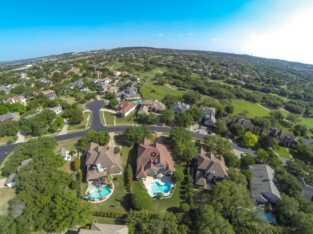 Sold Property | 10 Hedgebrook WAY The Hills, TX 78738 4