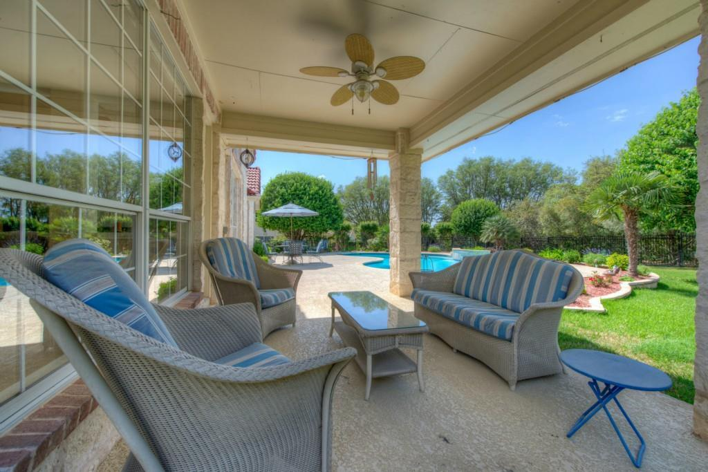 Sold Property | 10 Hedgebrook WAY The Hills, TX 78738 43