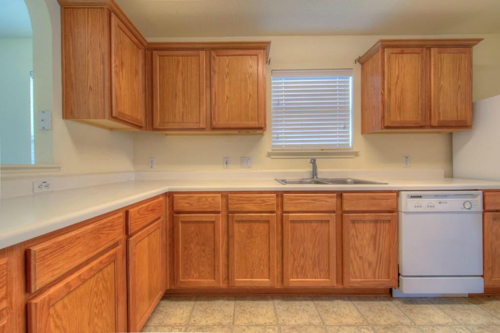 Sold Property | 300 Millook HVN Hutto, TX 78634 7