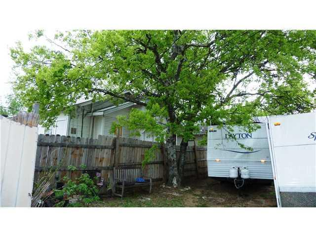 Sold Property | 1918 E 10th Street Austin, TX 78702 7