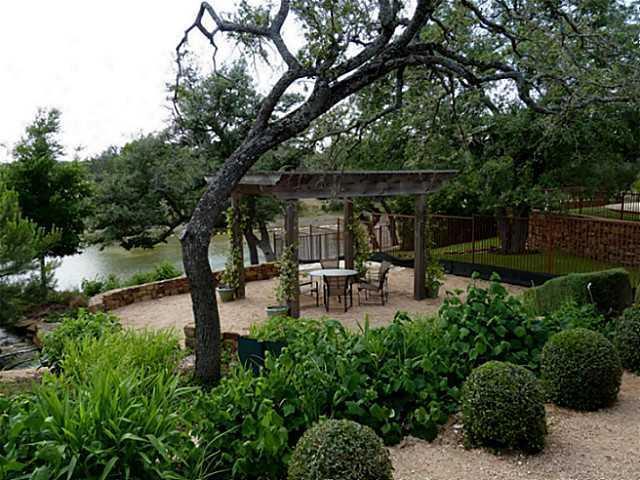 Sold Property | 8216 Bellancia Drive Austin, TX 78738 24