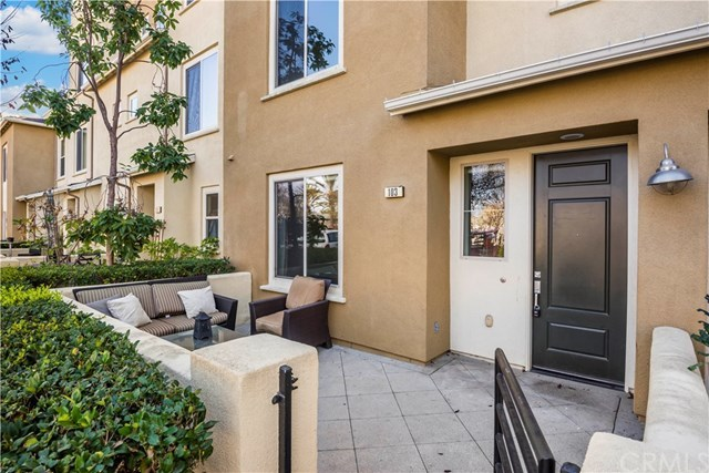 Closed | 5440 Pacific Terrace #103 Hawthorne, CA 90250 2