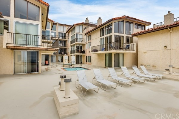Closed | 555 Esplanade   #320 Redondo Beach, CA 90277 45