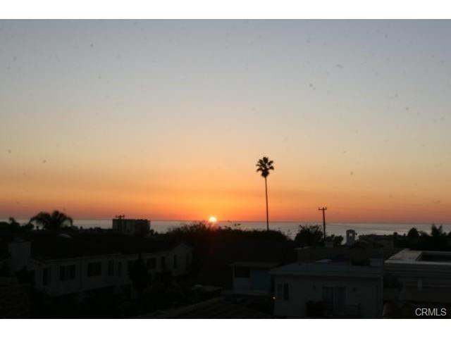 Closed | 215 S Irena  Avenue #A Redondo Beach, CA 90277 24