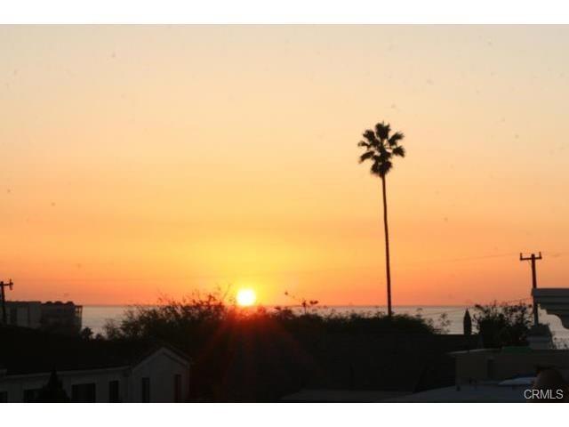 Closed | 215 S Irena  Avenue #A Redondo Beach, CA 90277 25
