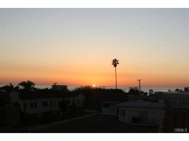Closed | 215 S Irena  Avenue #A Redondo Beach, CA 90277 32