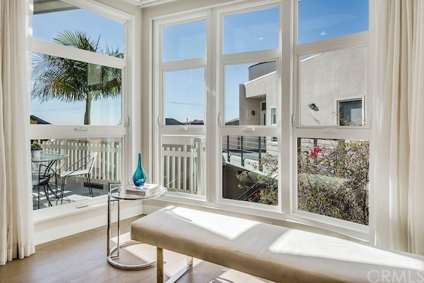 Closed | 2913 3rd  Street #308 Santa Monica, CA 90405 11