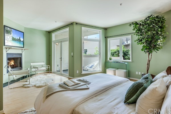 Closed | 2913 3rd  Street #308 Santa Monica, CA 90405 40
