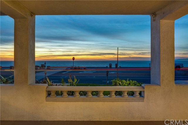 Closed | 816 Esplanade #A Redondo Beach, CA 90277 2