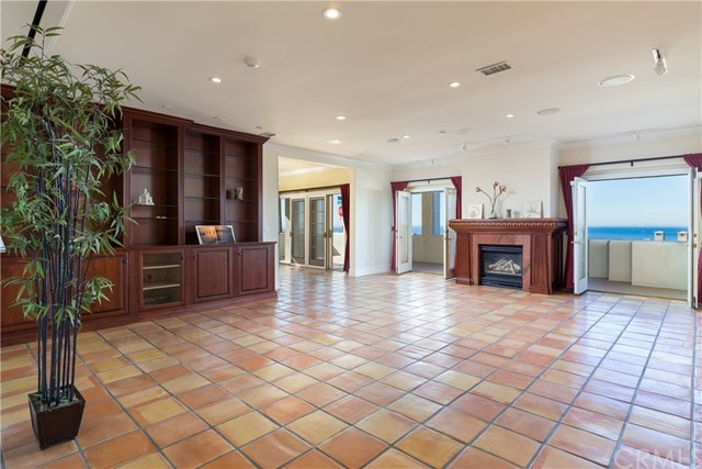 Closed | 816 Esplanade #A Redondo Beach, CA 90277 14