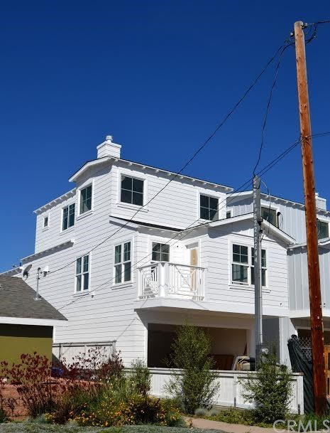 Closed | 1607 Steinhart  Avenue Redondo Beach, CA 90278 0
