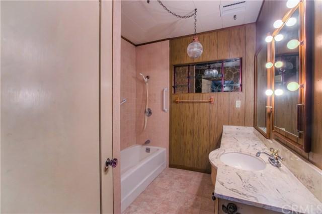 Closed | 628 W Oak Avenue El Segundo, CA 90245 9