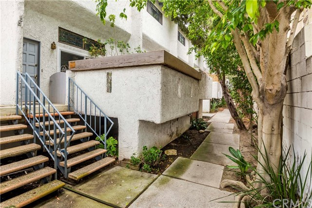 Closed | 1908 Grant  Avenue #F Redondo Beach, CA 90278 2