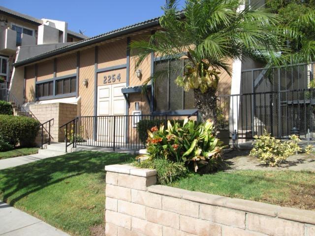 Closed   2254 Gaviota Avenue #32 Signal Hill, CA 90755 0