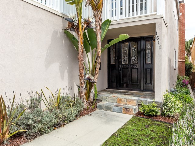 Closed | 1611 Armour Lane Redondo Beach, CA 90278 2