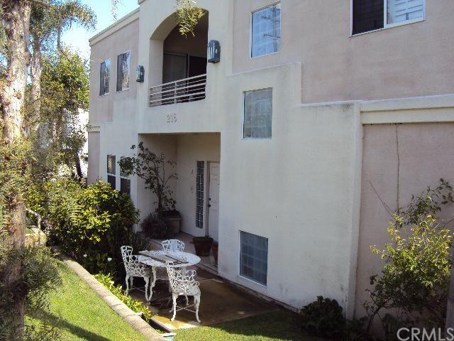 Closed | 216 Loma Vista Avenue #E El Segundo, CA 90245 0